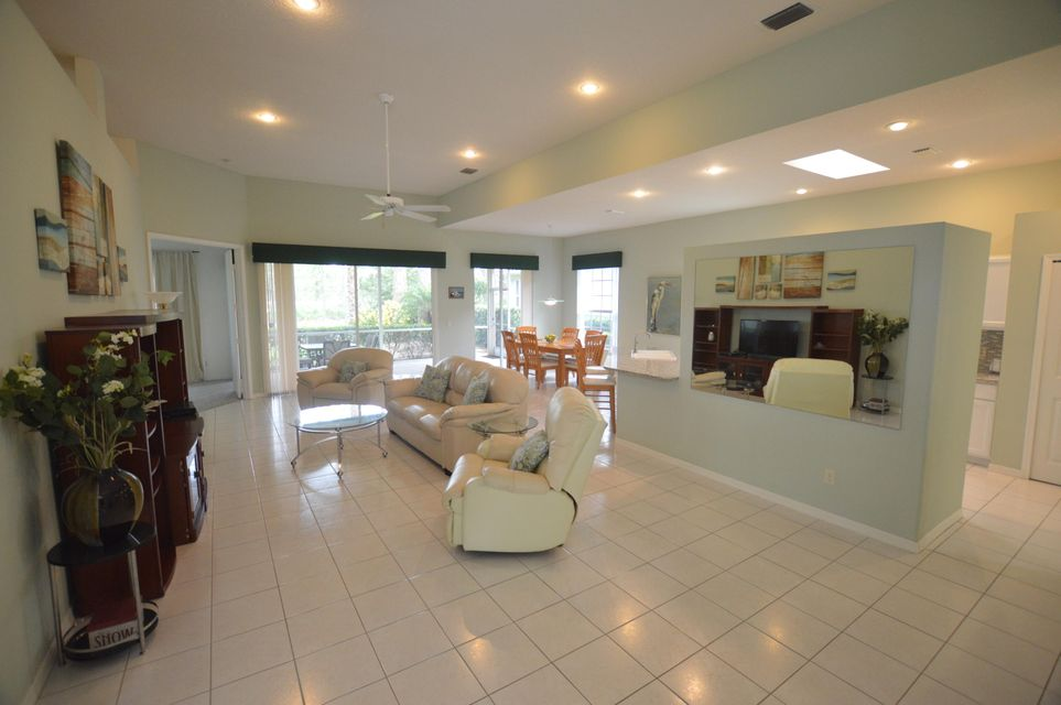 Additional photo for property listing at 8546 Belfry Place 8546 Belfry Place Port St. Lucie, Florida 34986 Estados Unidos
