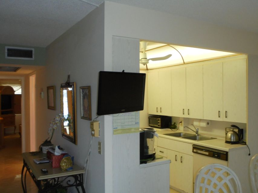 Additional photo for property listing at 3026 Exeter B  Boca Raton, Florida 33434 Estados Unidos