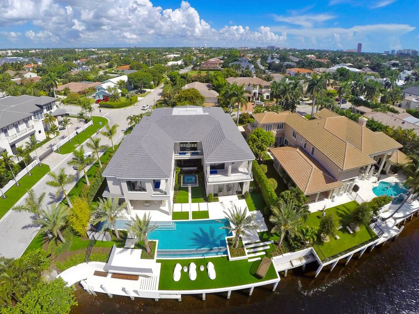 2020  Royal Palm Way , Boca Raton FL 33432 is listed for sale as MLS Listing RX-10356916 photo #3