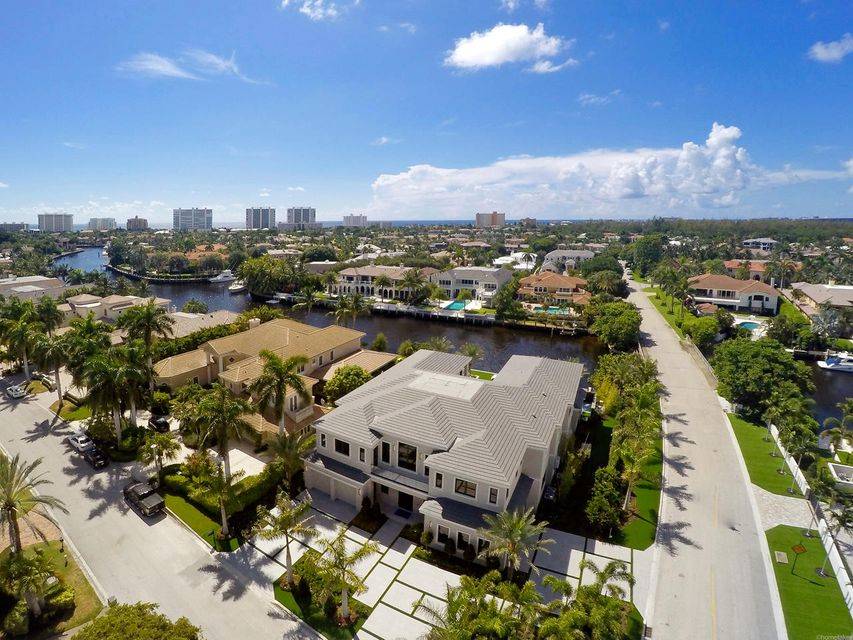 2020  Royal Palm Way , Boca Raton FL 33432 is listed for sale as MLS Listing RX-10356916 photo #4