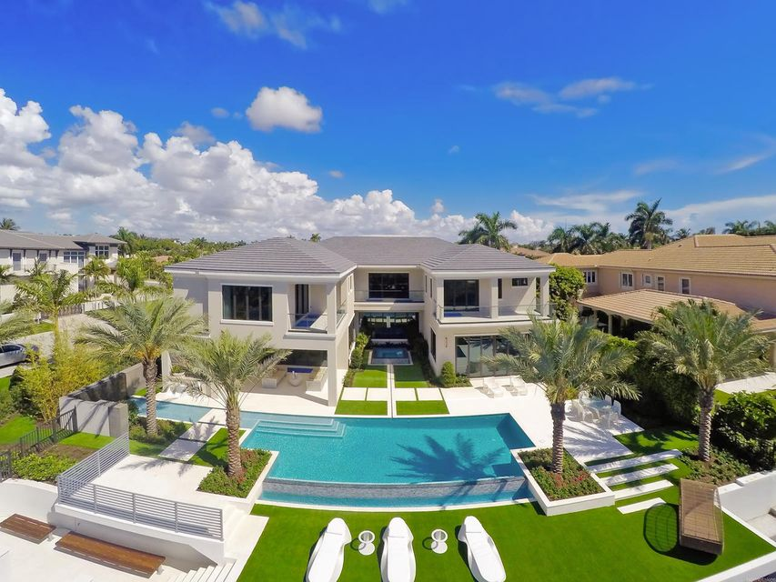 2020  Royal Palm Way , Boca Raton FL 33432 is listed for sale as MLS Listing RX-10356916 photo #6