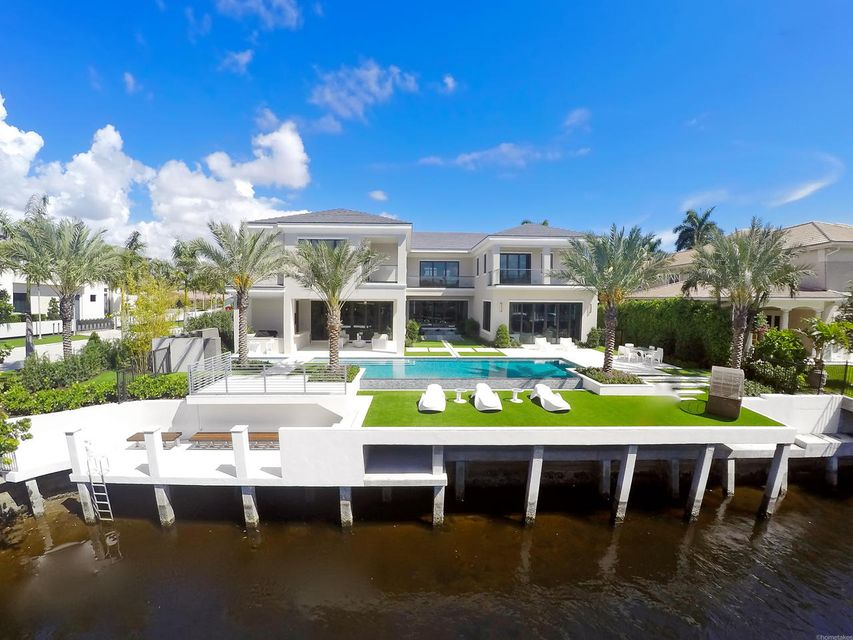 2020  Royal Palm Way , Boca Raton FL 33432 is listed for sale as MLS Listing RX-10356916 photo #9