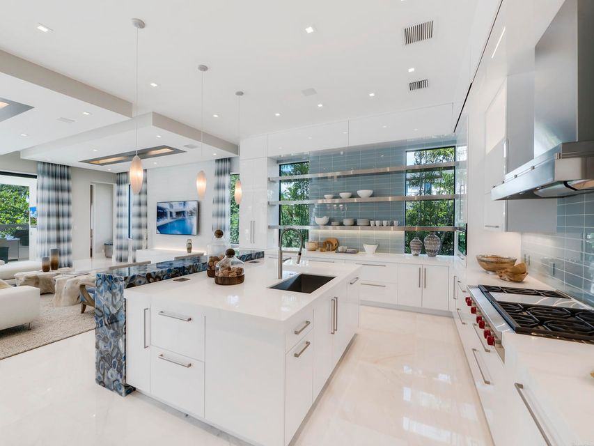 2020  Royal Palm Way , Boca Raton FL 33432 is listed for sale as MLS Listing RX-10356916 photo #23
