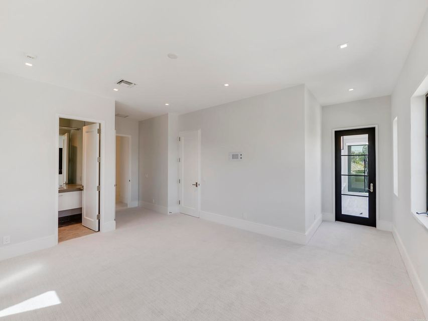 2020  Royal Palm Way , Boca Raton FL 33432 is listed for sale as MLS Listing RX-10356916 photo #29