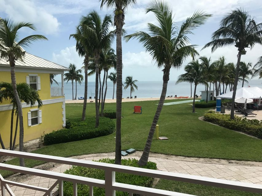 Co-op / Condominio por un Venta en 1120 Inn At Old Bahama Bay,West End 1120 Inn At Old Bahama Bay,West End Grand Bahama Island, Grand Bahama 00000 Bahamas