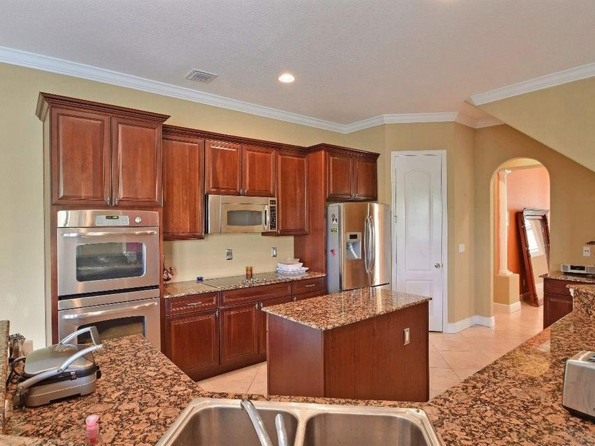 Additional photo for property listing at 308 Pinto Lane  Palm Bay, Florida 32909 United States