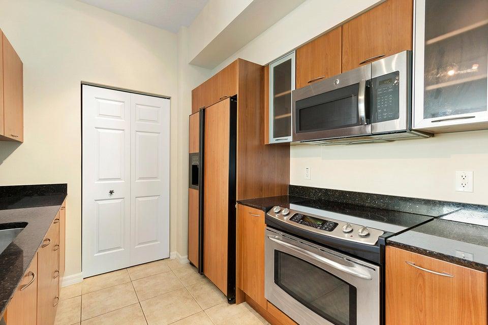 625 E Casa Loma Boulevard Boynton Beach, FL 33435 - photo 8