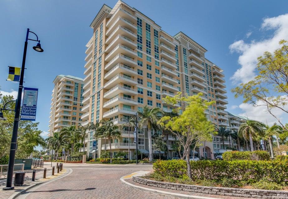625 E Casa Loma Boulevard Boynton Beach, FL 33435 - photo 2
