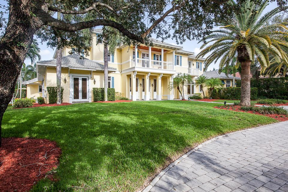 17837  Fieldbrook Circle , Boca Raton FL 33496 is listed for sale as MLS Listing RX-10356866 photo #2
