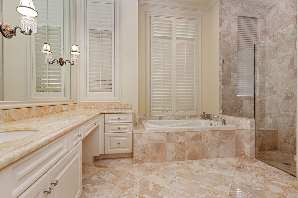 17837  Fieldbrook Circle , Boca Raton FL 33496 is listed for sale as MLS Listing RX-10356866 photo #23