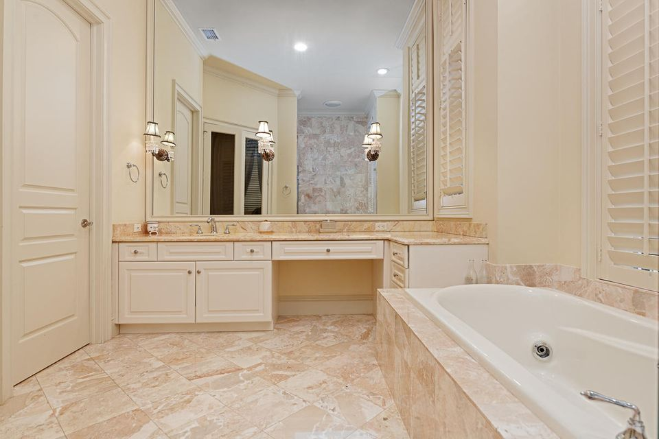 17837  Fieldbrook Circle , Boca Raton FL 33496 is listed for sale as MLS Listing RX-10356866 photo #24