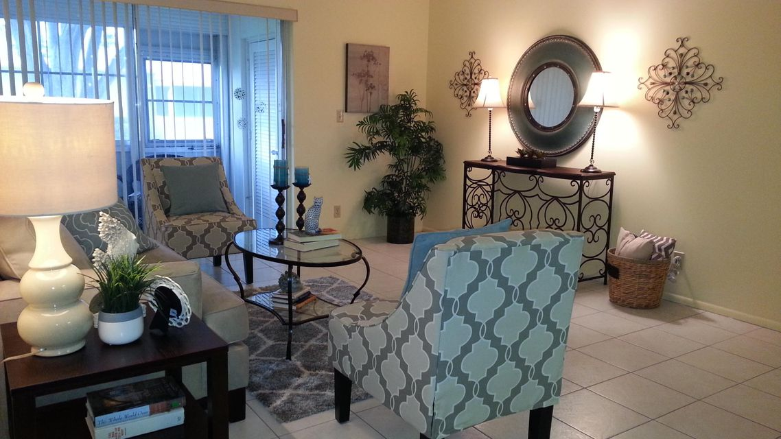 Additional photo for property listing at 2703 W Dudley Drive  West Palm Beach, Florida 33415 United States