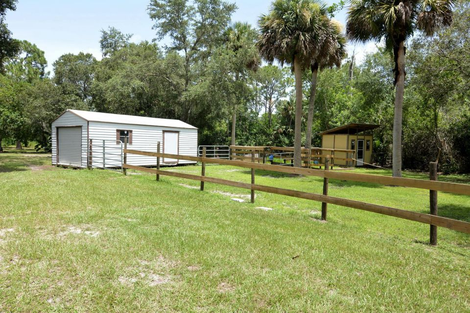 Additional photo for property listing at 4499 SW Cherokee Street  Palm City, Florida 34990 United States