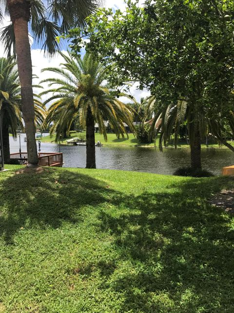 Additional photo for property listing at 1419 Riverside Circle 1419 Riverside Circle Wellington, Florida 33414 United States