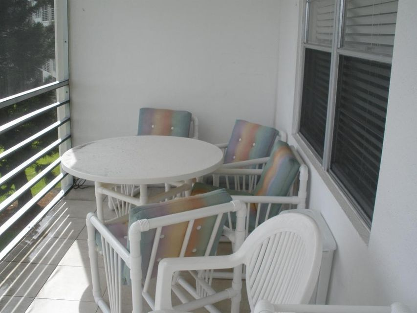 Additional photo for property listing at 3065 Ainslie D 3065 Ainslie D Boca Raton, Florida 33434 United States