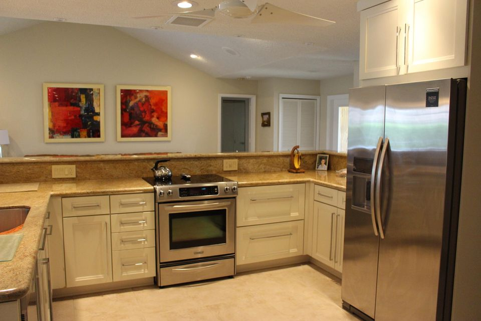Additional photo for property listing at 21065 Madria Circle 21065 Madria Circle Boca Raton, Florida 33433 États-Unis