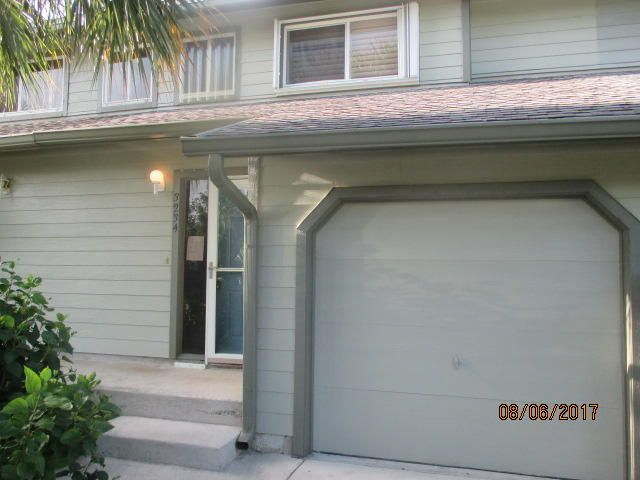 Townhouse for Sale at 3234 NE Holly Creek Drive Jensen Beach, Florida 34957 United States