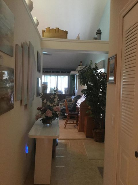 Additional photo for property listing at 2633 SE Tropical East Circle E  Port St. Lucie, Florida 34952 Vereinigte Staaten