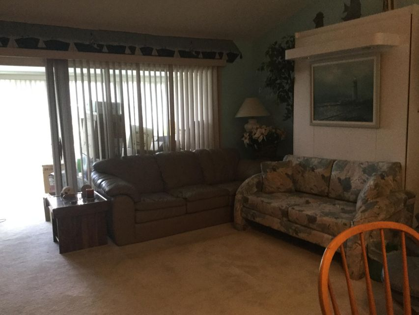 Additional photo for property listing at 2633 SE Tropical East Circle E 2633 SE Tropical East Circle E Port St. Lucie, Florida 34952 Vereinigte Staaten