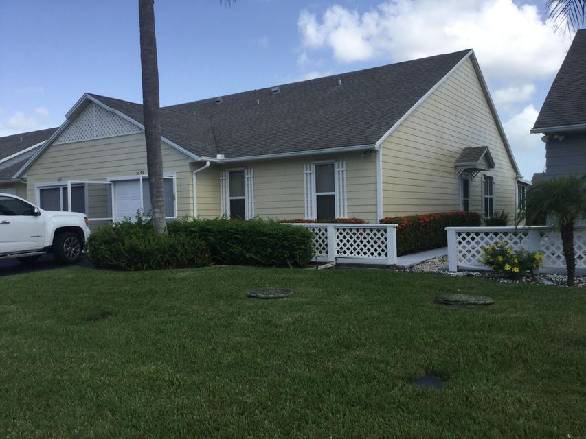 Additional photo for property listing at 2633 SE Tropical East Circle E 2633 SE Tropical East Circle E Port St. Lucie, Florida 34952 United States