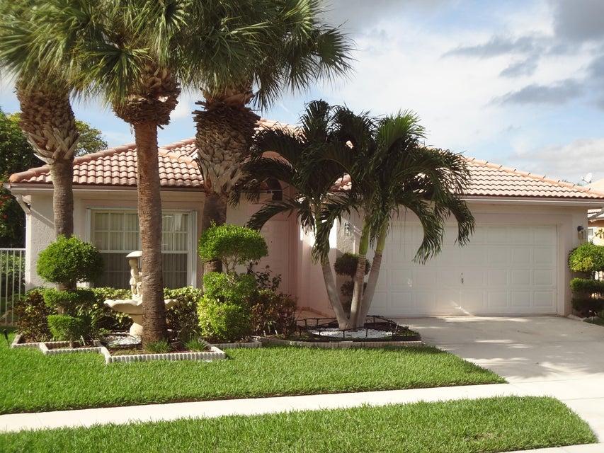 3621 Newport Avenue, Boynton Beach, FL 33436