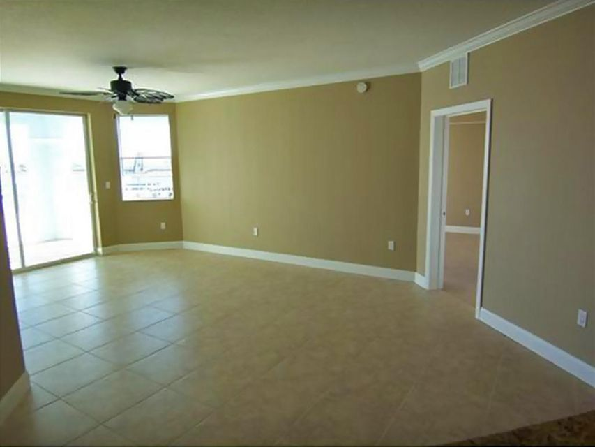 Additional photo for property listing at 215 NW Flagler Avenue 215 NW Flagler Avenue Stuart, Florida 34994 United States