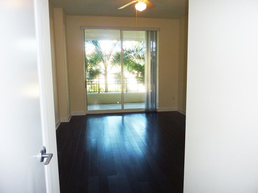 Additional photo for property listing at 550 Okeechobee Boulevard 550 Okeechobee Boulevard West Palm Beach, Florida 33401 United States