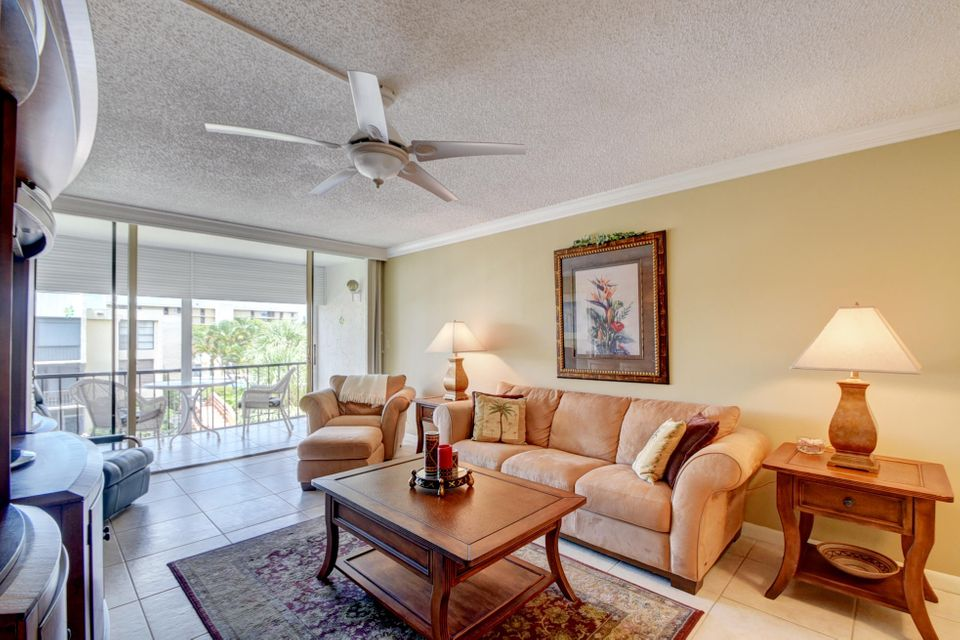 Additional photo for property listing at 2 Royal Palm Way 2 Royal Palm Way Boca Raton, Florida 33432 Estados Unidos
