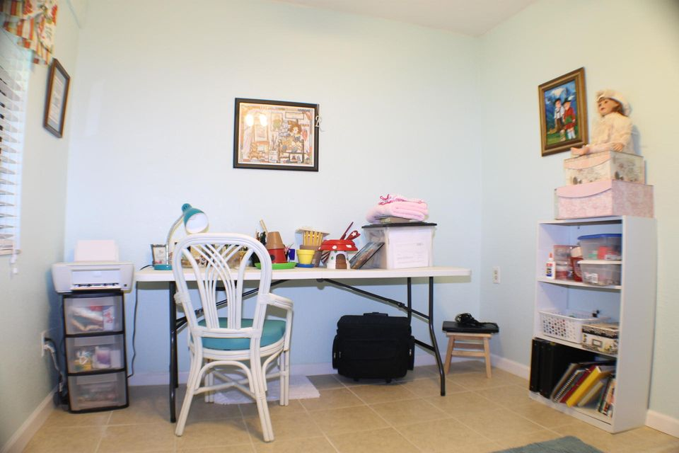 Additional photo for property listing at 2217 SE Barrington Street 2217 SE Barrington Street Port St. Lucie, Florida 34952 États-Unis