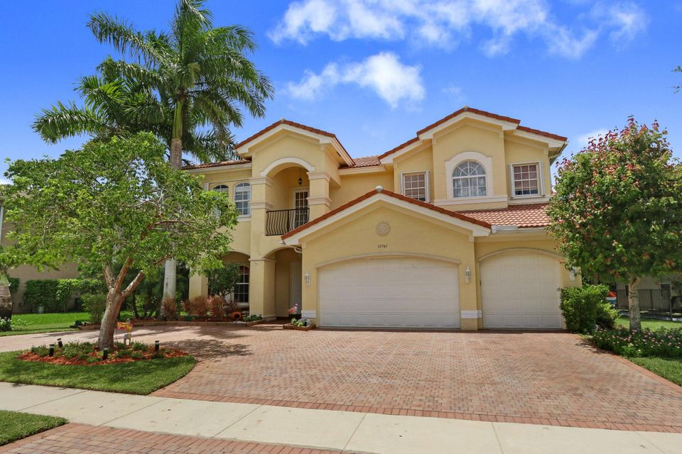 Single Family Home for Sale at 10741 Castle Oak Drive Boynton Beach, Florida 33473 United States