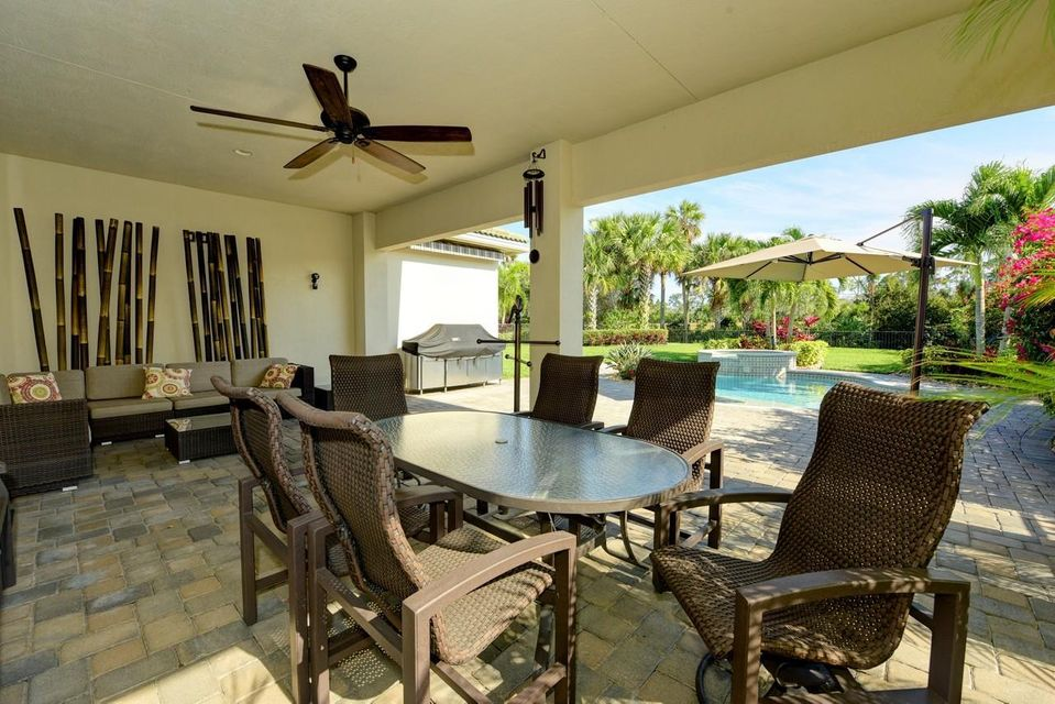 Additional photo for property listing at 228 Carina Drive 228 Carina Drive Jupiter, Florida 33478 Estados Unidos