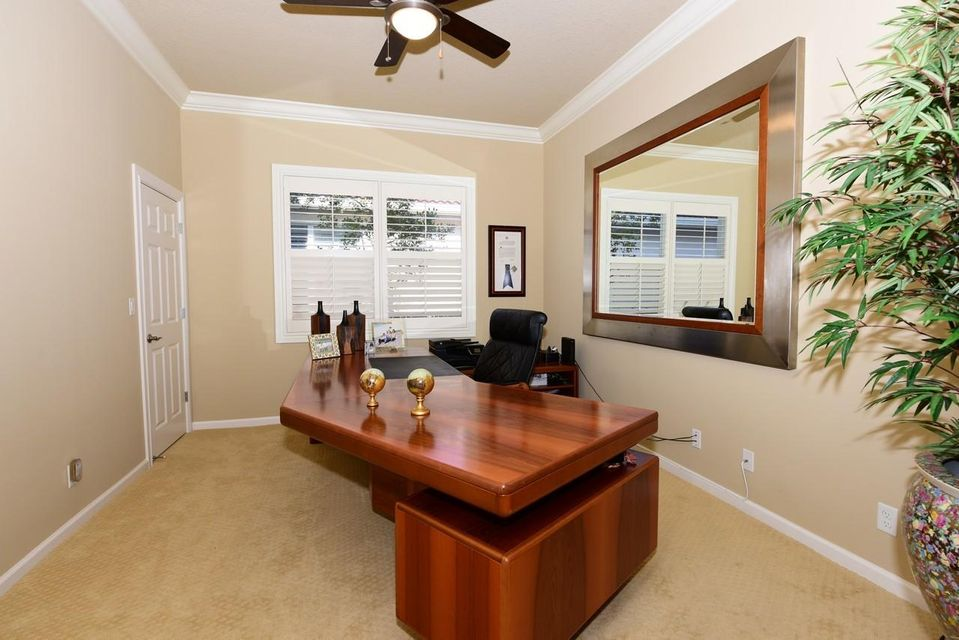 Additional photo for property listing at 228 Carina Drive  Jupiter, Florida 33478 United States