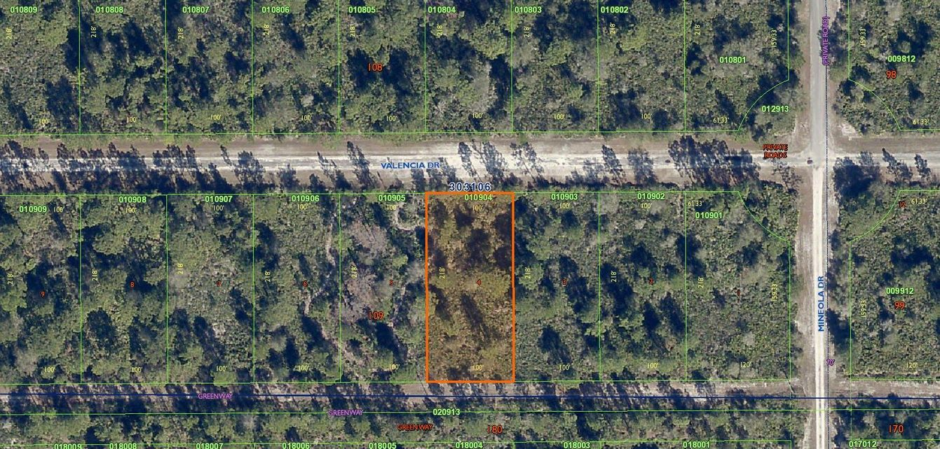 Terrain pour l Vente à 507 Valencia Drive Indian Lake Estates, Florida 33855 États-Unis