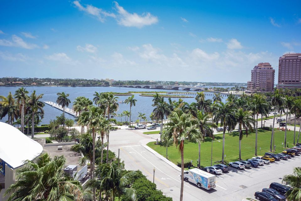 Additional photo for property listing at 255 Evernia Street 255 Evernia Street West Palm Beach, Florida 33401 United States