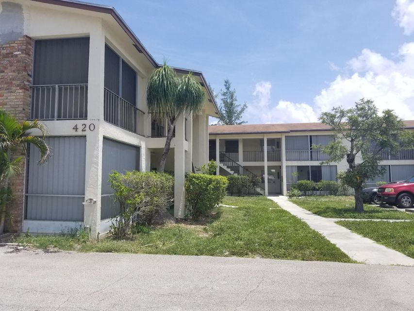 Additional photo for property listing at 422 S B Street  Lake Worth, Florida 33460 United States
