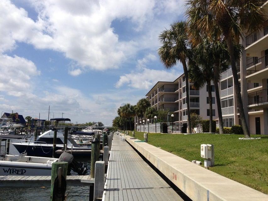 104 Paradise Harbour Boulevard 306, North Palm Beach, FL 33408
