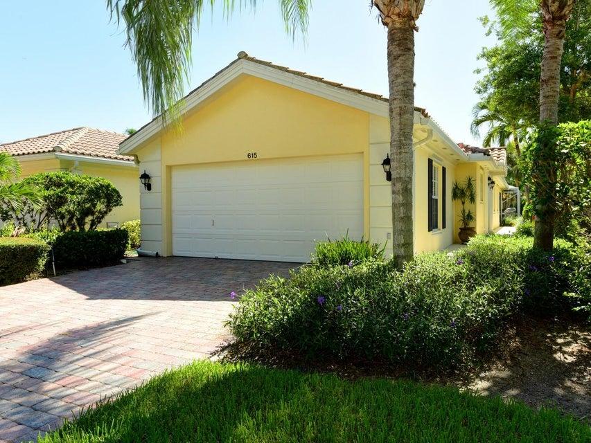 Villa por un Venta en 615 Hudson Bay Drive Palm Beach Gardens, Florida 33410 Estados Unidos