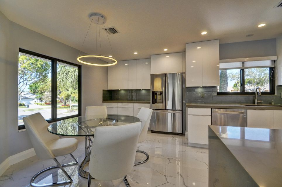 Co-op / Condo for Sale at 7665 Glendevon Lane Delray Beach, Florida 33446 United States