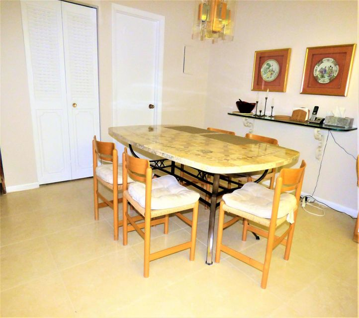 Additional photo for property listing at 2633 NW 7th Court  Delray Beach, Florida 33445 United States