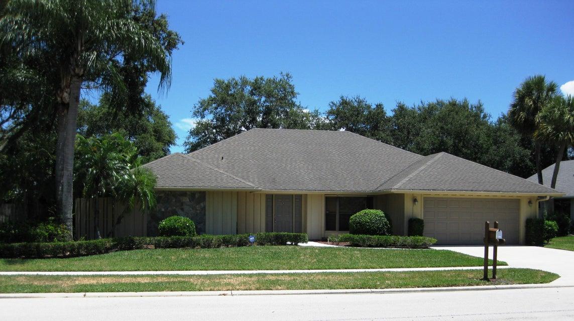 2443 Palm Harbor Drive, Palm Beach Gardens, FL 33410