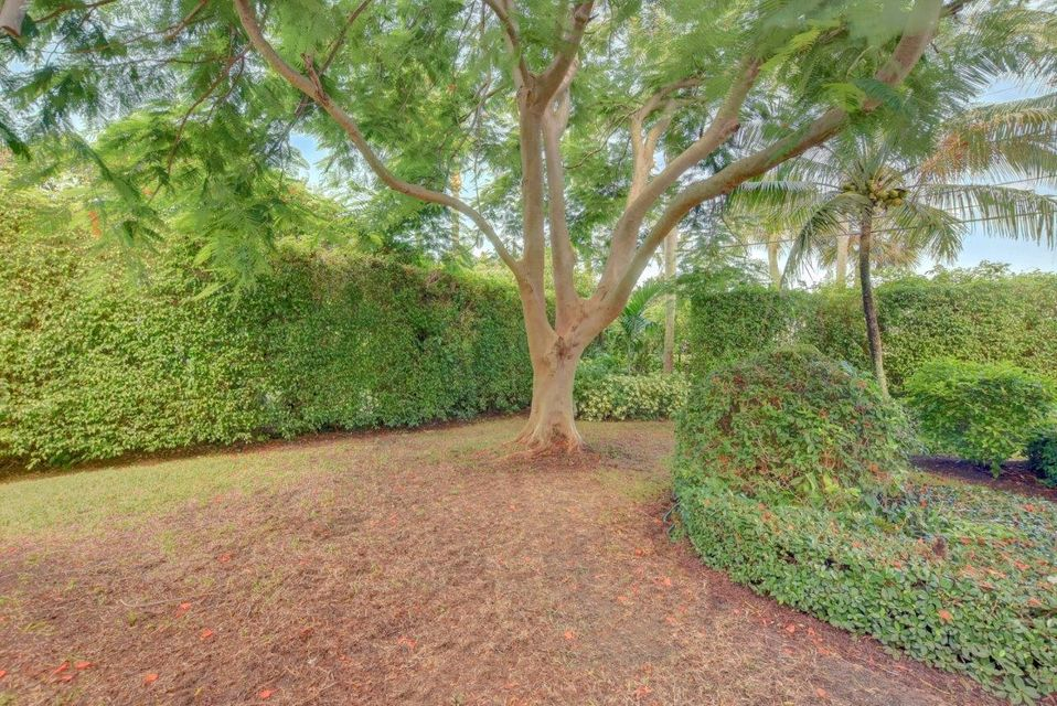 3211  Polo Drive , Gulf Stream FL 33483 is listed for sale as MLS Listing RX-10356725 photo #43