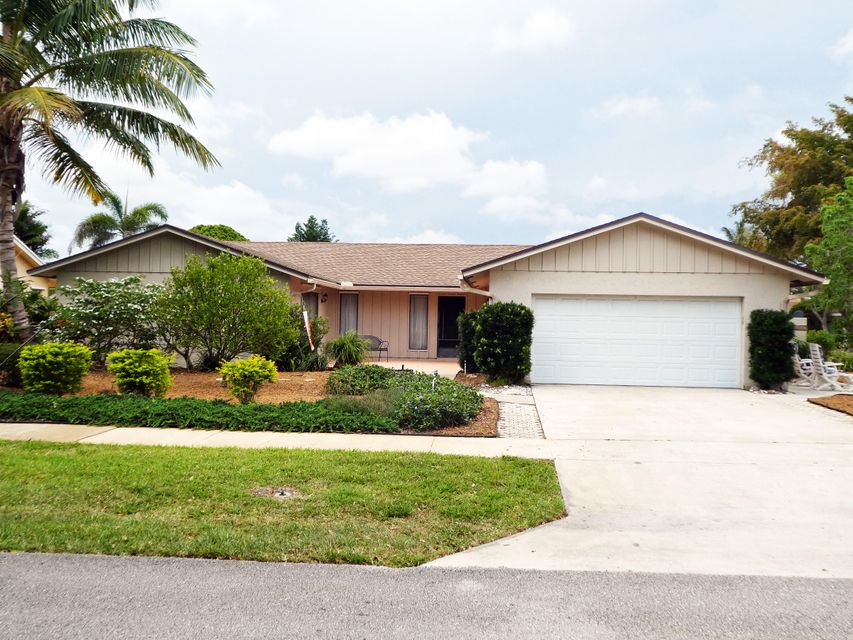 4761 Fox Hunt Trail, Boca Raton, FL 33487