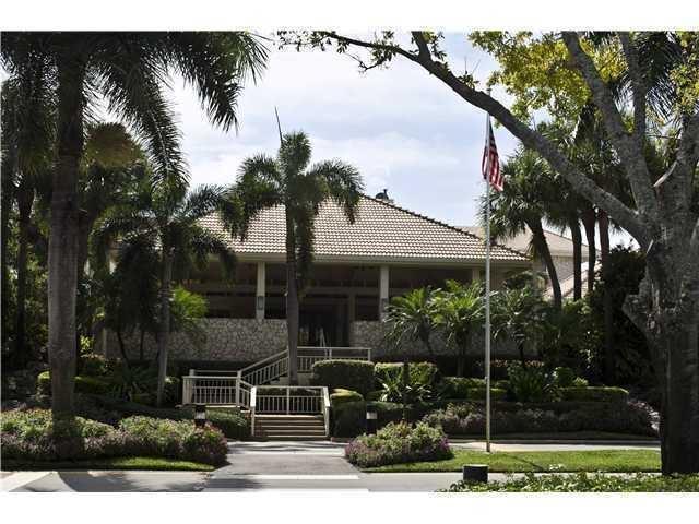 2 Southport Lane A, Boynton Beach, FL 33436