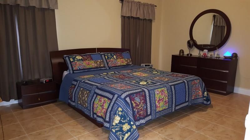 Additional photo for property listing at 9781 SW 216 Terrace  Cutler Bay, Florida 33190 États-Unis