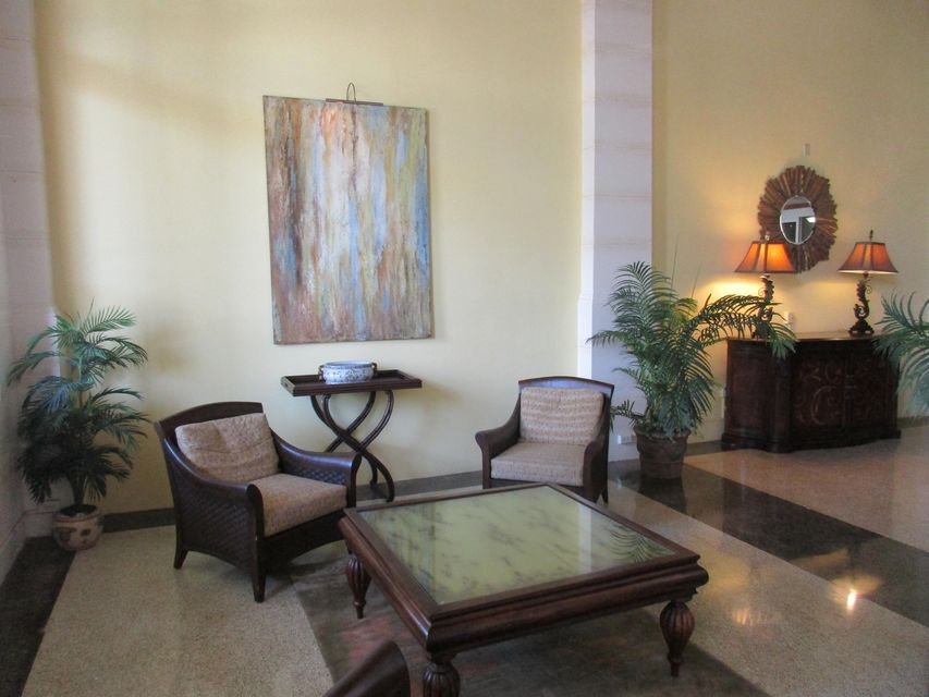 Additional photo for property listing at 235 Sunrise Avenue 235 Sunrise Avenue Palm Beach, Florida 33480 Estados Unidos
