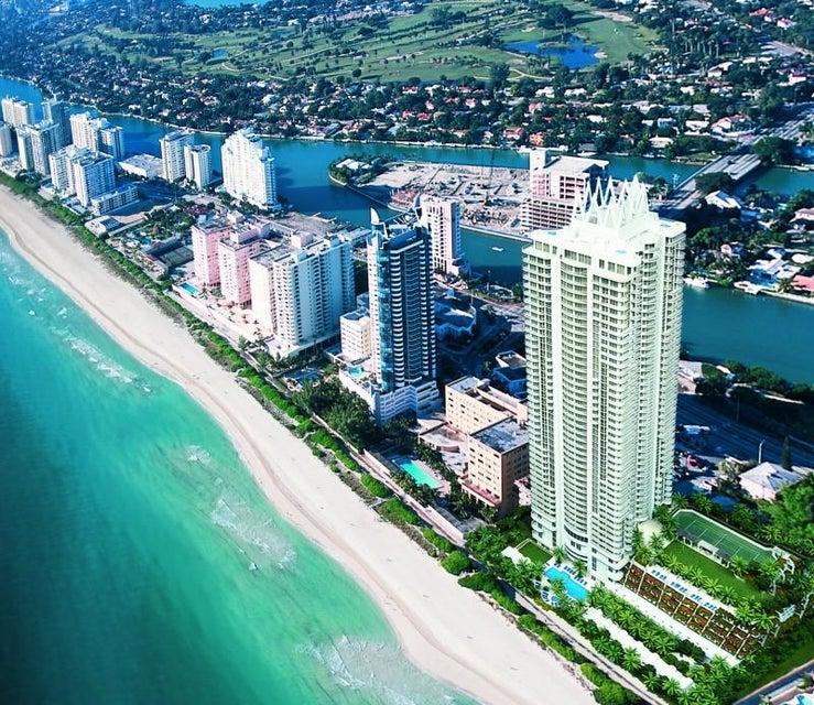 Konsum / Eigentumswohnung für Mieten beim 6365 Collins Avenue 6365 Collins Avenue Miami Beach, Florida 33141 Vereinigte Staaten