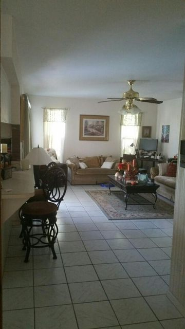 Additional photo for property listing at 292 Las Palmas Street  Royal Palm Beach, Florida 33411 Vereinigte Staaten