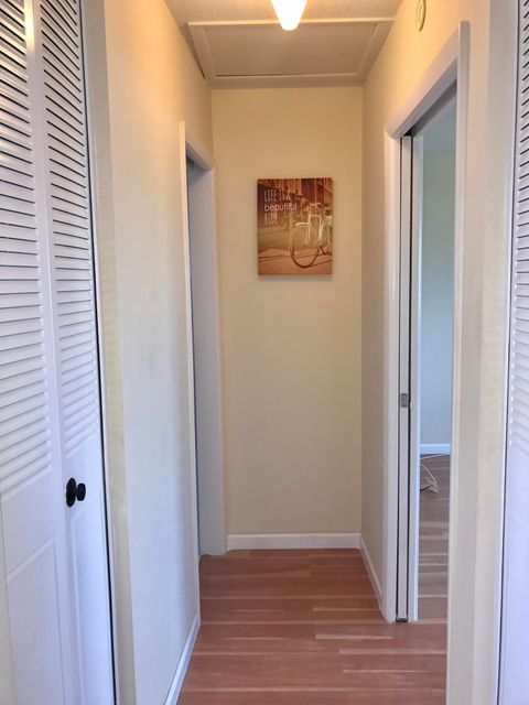 Additional photo for property listing at 2955 Crosley Drive W 2955 Crosley Drive W West Palm Beach, Florida 33415 United States