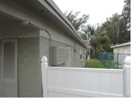 Additional photo for property listing at 2021 64th Avenue  Sunrise, Florida 33313 États-Unis
