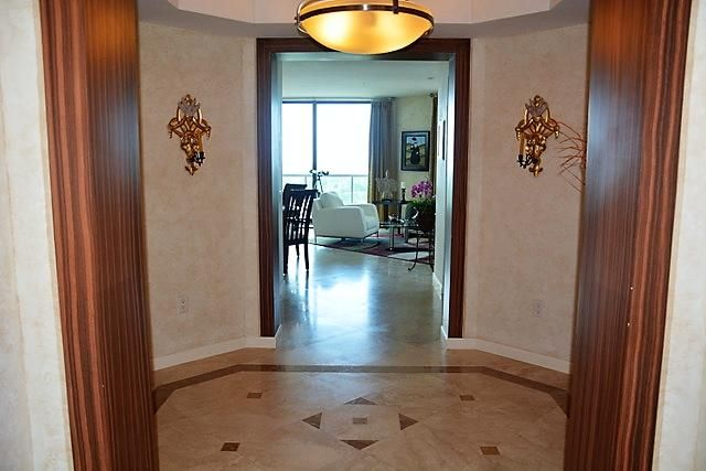 3630  Gardens Parkway 1405c, Palm Beach Gardens FL 33410 is listed for sale as MLS Listing RX-10357191 photo #2